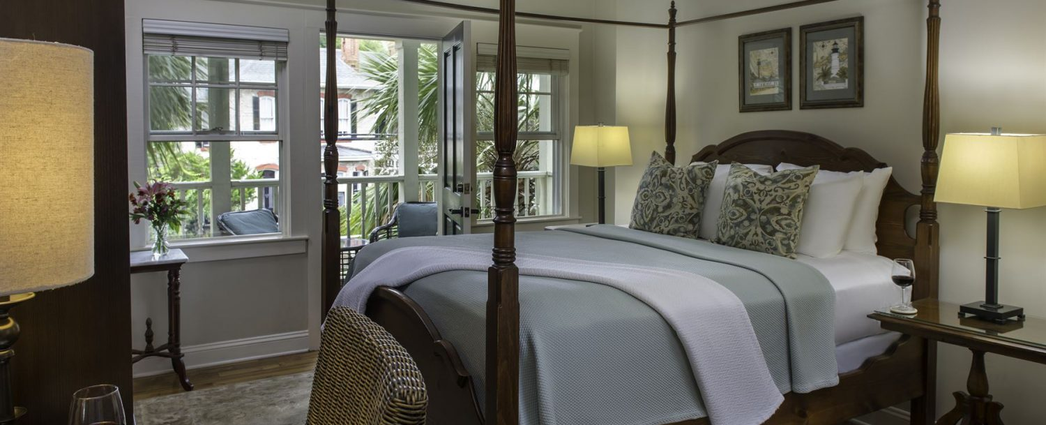 Room 14 at The Addison on Amelia Island - view of four poster bed
